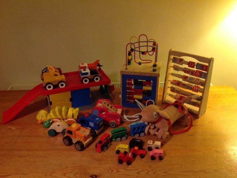 Lovely job lot of high quality wooden toys, suitable as gifts or for carboot sales