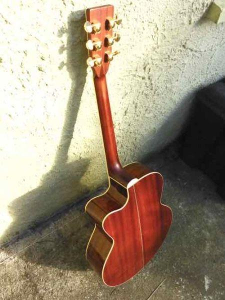 TANGLEWOOD SUNDANCE PRO ELECTRO ACOUSTIC GUITAR FOR SALE