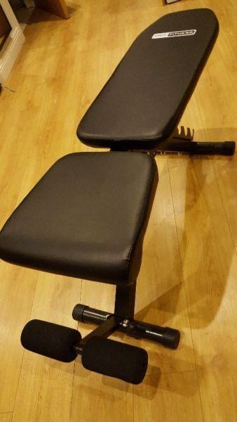 Pro Fitness Utility Training Bench, barely used! 40 EUR