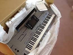 LG Korg PA4X 76-key Professional Arranger Keyboard
