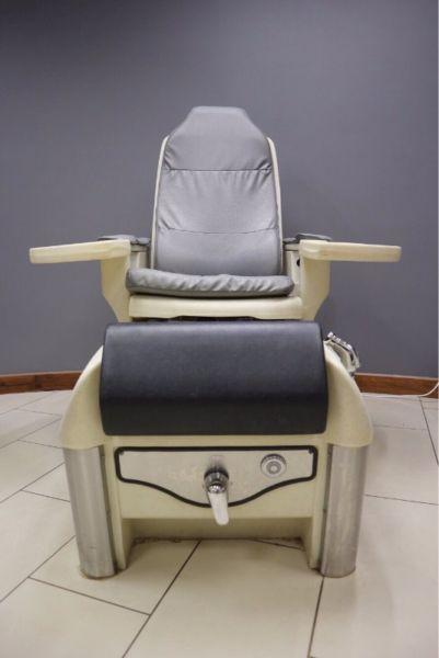 Pedicure Chair With Jet Baths