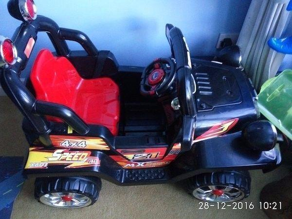 Auto Electric Car for Kids with charger for sale :::::;; 0894005063 :::::::
