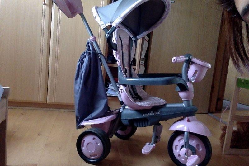 Lovely new Smartrike pink