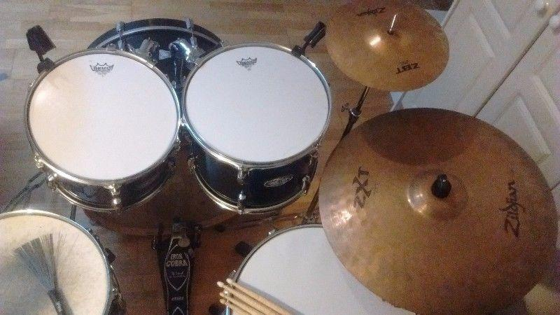 6-Piece Pearl VSX Drum Kit + Cymbals, Hardware & More