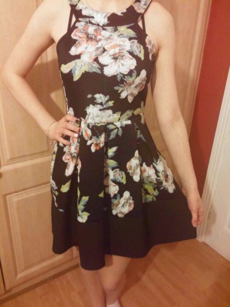 Flora fall fashion dress