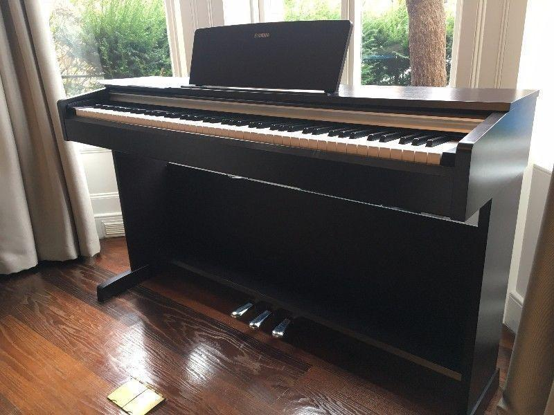 Yamaha YDP-142R Electronic Piano, NEW