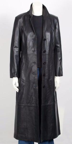 Matrix - like 3/4 length black leather coat. Unisex. Immaculate cond