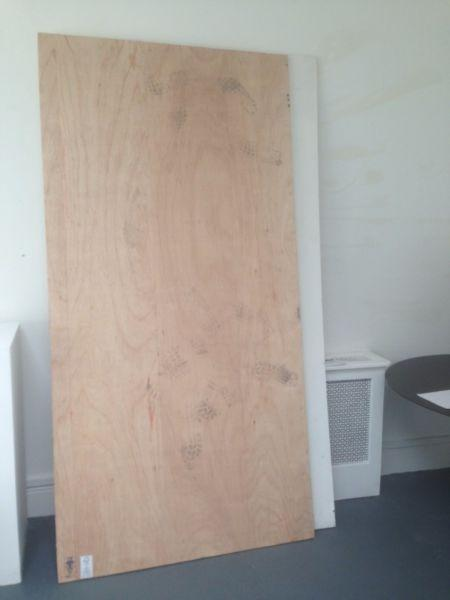 3 Sheets 8x4 Marine Plywood Going For FREE Must Collect