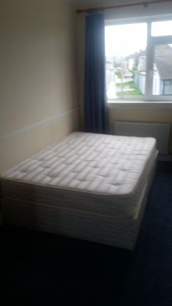 Double divan bed - Great condition!