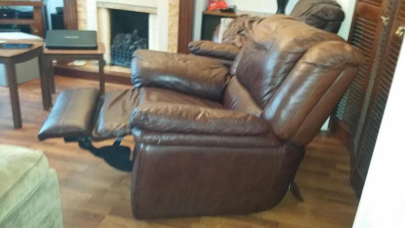 *** Quality soft leather settee + chair - recliners - ***
