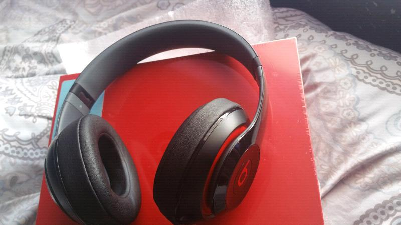 Dr Dre Studio Wired Beats Headphone Brand New Unopened