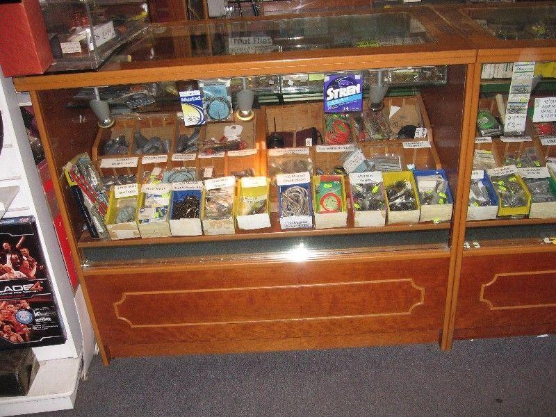 Retail Shelves & Display units for sale closing down sale