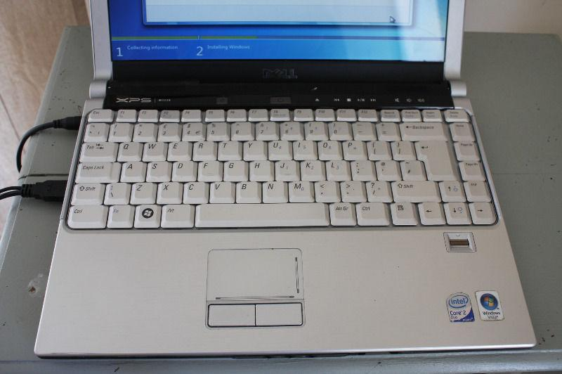sale dell laptop 13,3 inch .xps m 1330 with wind 7 has web cam