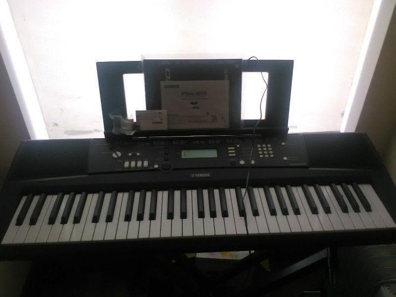 Once used Yamaha EZ200 keyboard