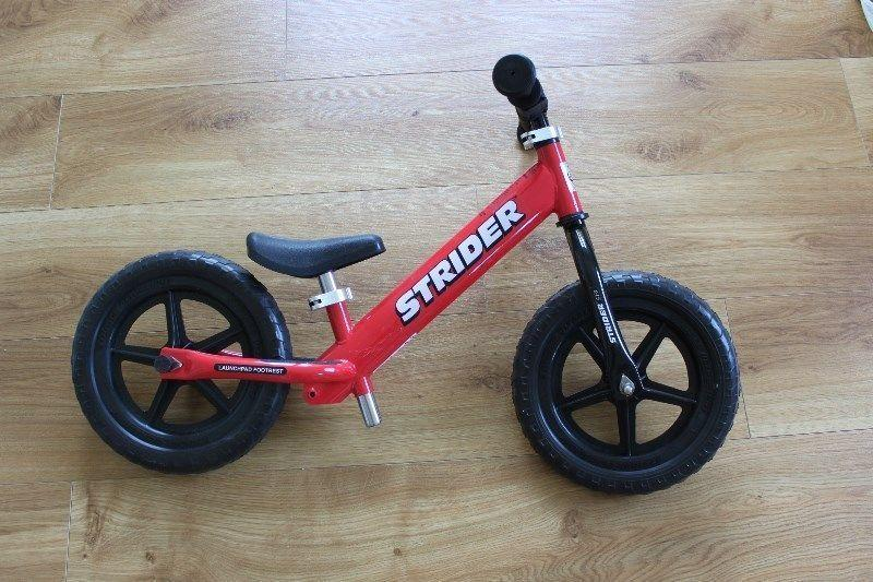 Strider no pedal balance bike, red, used once. 70€