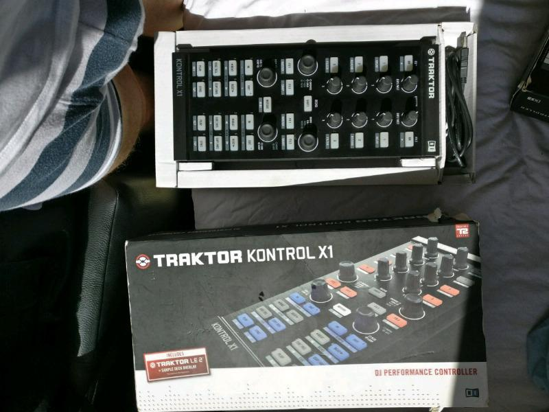 Traktor audio 8, f1 and x1