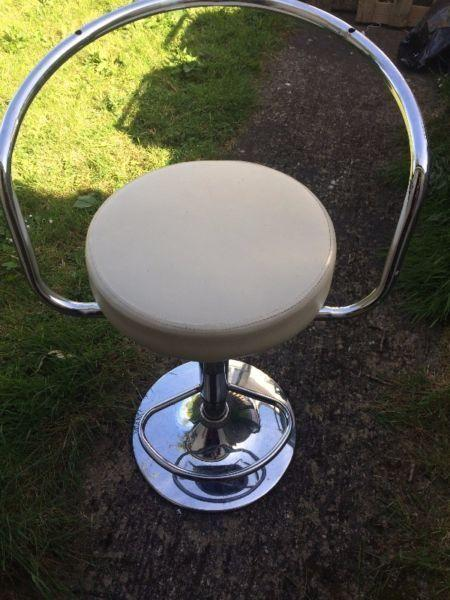 4 bar chairs for sale