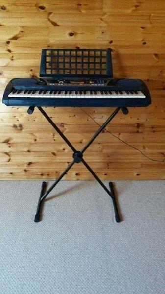 Yamaha Electronic Keyboard PSR262