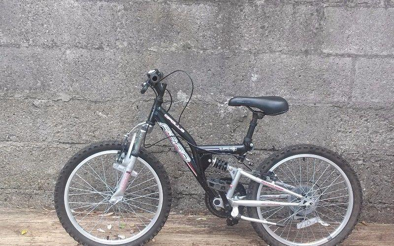 Boys Bicycle in Excellent Condition
