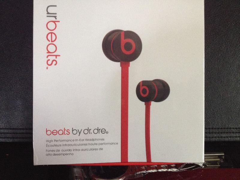 urbeats beats earphones . new product . available 5 pieces