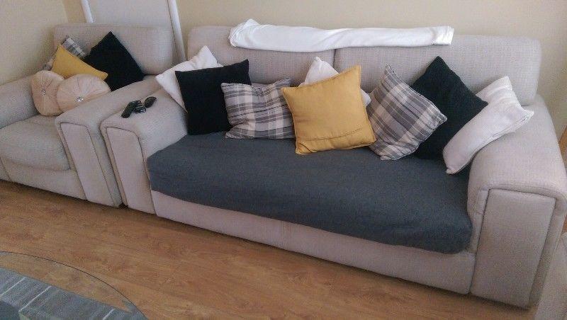 3+1+1 sofa 2 coffee tables