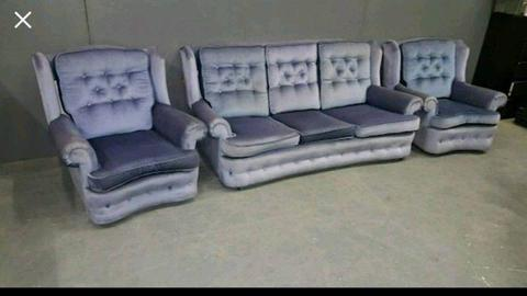 3 + 1 + 1 Sofa Suite - can deliver