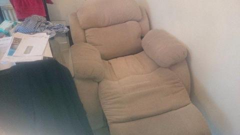 Electric armchair