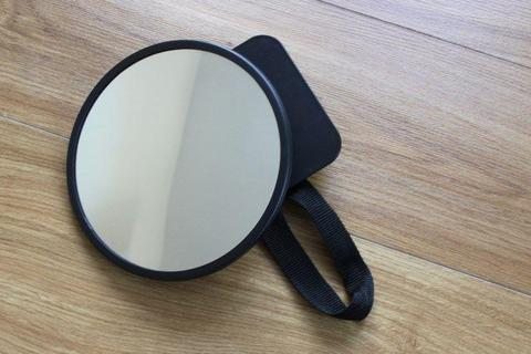 Car Baby Mirror, perfect state. 8€