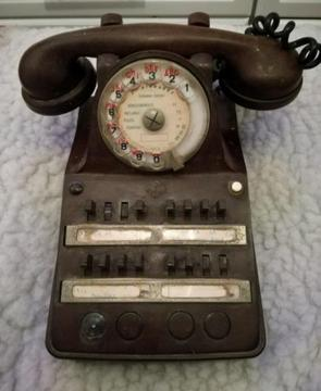 Vintage bakelite french phone