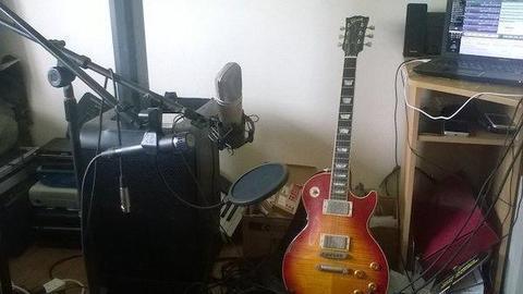 Gibson Les Paul Standard Guitar (2002