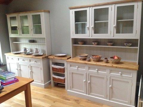 Kitchen Dresser Made to Measure
