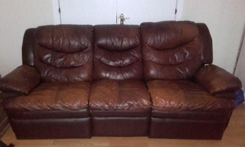 HOUSE CLEARANCE Soft Leather Brown Recliner Sofa 3+1+1