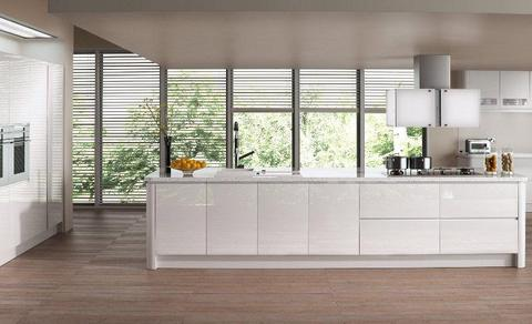 Quality Handleless Gloss Kitchens Multiple Colours Available (All In Stock)