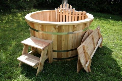 WOODEN HOT TUBS AND WOODEN BARREL AND POD SAUNAS FROM €1500 CONSTRUCTED AND DELIVERED