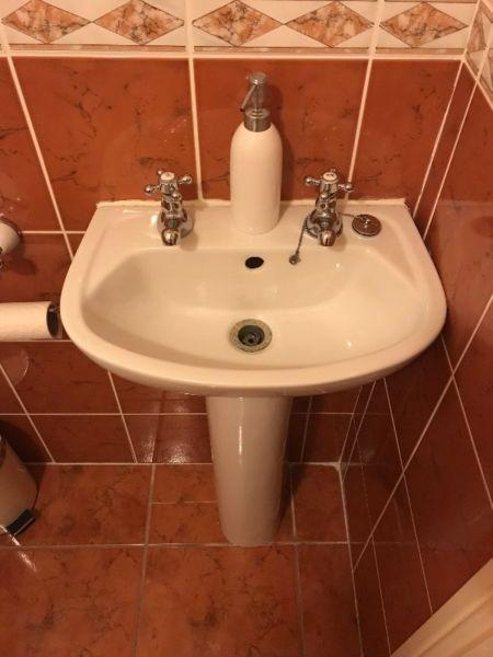 2 X Vanity & Basin Set (Small X 1) & (Large X 2) - Taps included