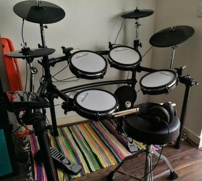Electronic Drum Kit Millennium MPS 750