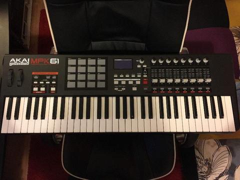 Akai MPK 61 Keyboard